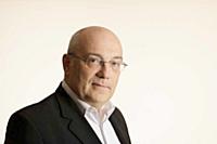 """Georges-Edouard Dias, senior vice-president e-business de L'Oréal : """"À l'avenir, le digital devrait passer en majorité p..."""
