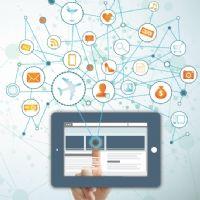 Réseaux sociaux et mobiles : des CPM en chute libre ?
