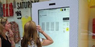 [Idée d'ailleurs] Une boutique de mode transforme des murs de New York en vitrines tactiles