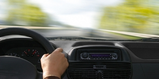 SAP et BMW développent des services mobiles pour la voiture connectée