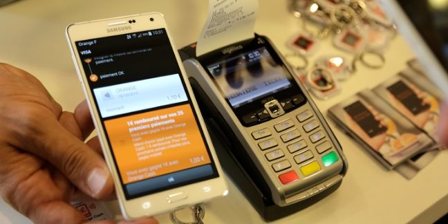 Orange parie sur la banque mobile
