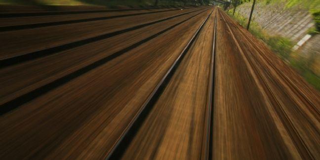 Voyages-sncf saute du train (en marche) du collaboratif