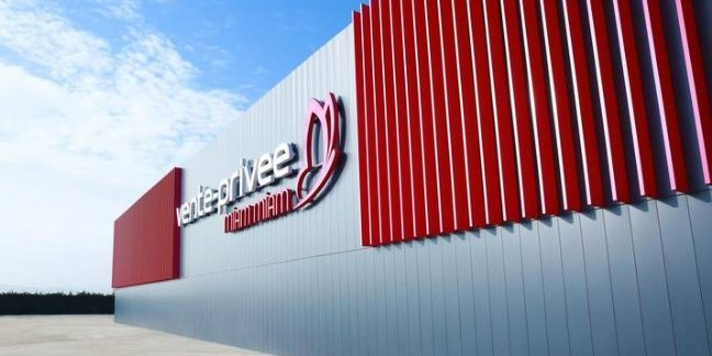 Vente-privee.com se dote d'un entrepôt dédié au vin et à la gastronomie