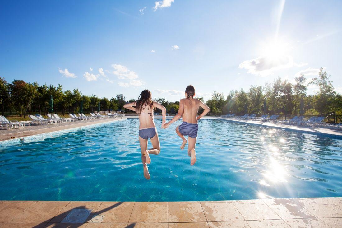 Piscine discount dans le grand bain du e commerce - Produits piscine discount ...