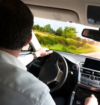 Oney et le Groupe PSA imaginent la voiture connectée avec la solution de paiement Automatric