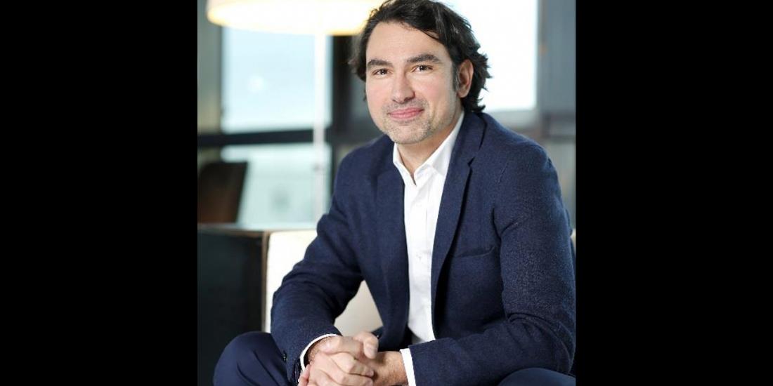 Jean-Baptiste Hoyaux prend la tête de vente-privee Le Voyage