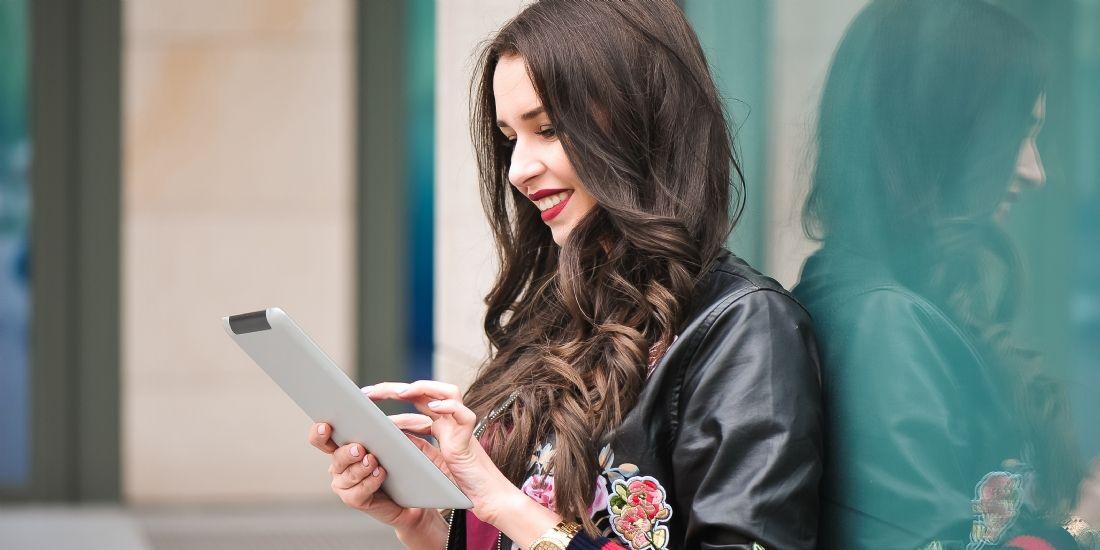 Showroomprivé lance sa régie publicitaire digitale dédiée aux 'digital women'