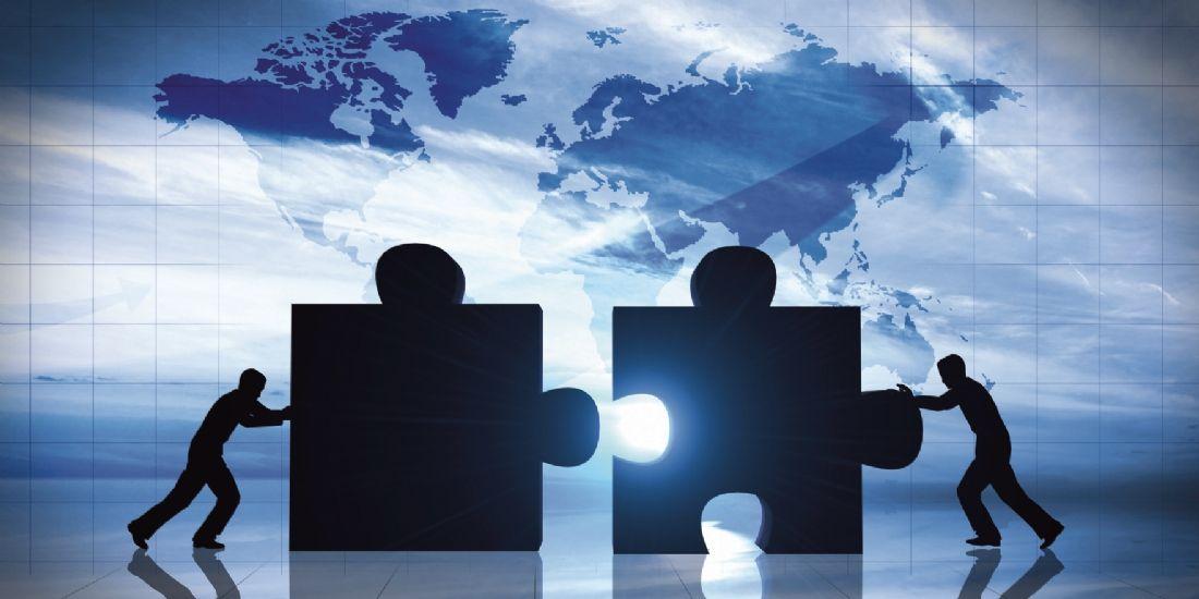Mounir Mahjoubi agit pour des relations équilibrées entre plateformes de vente et TPE/PME