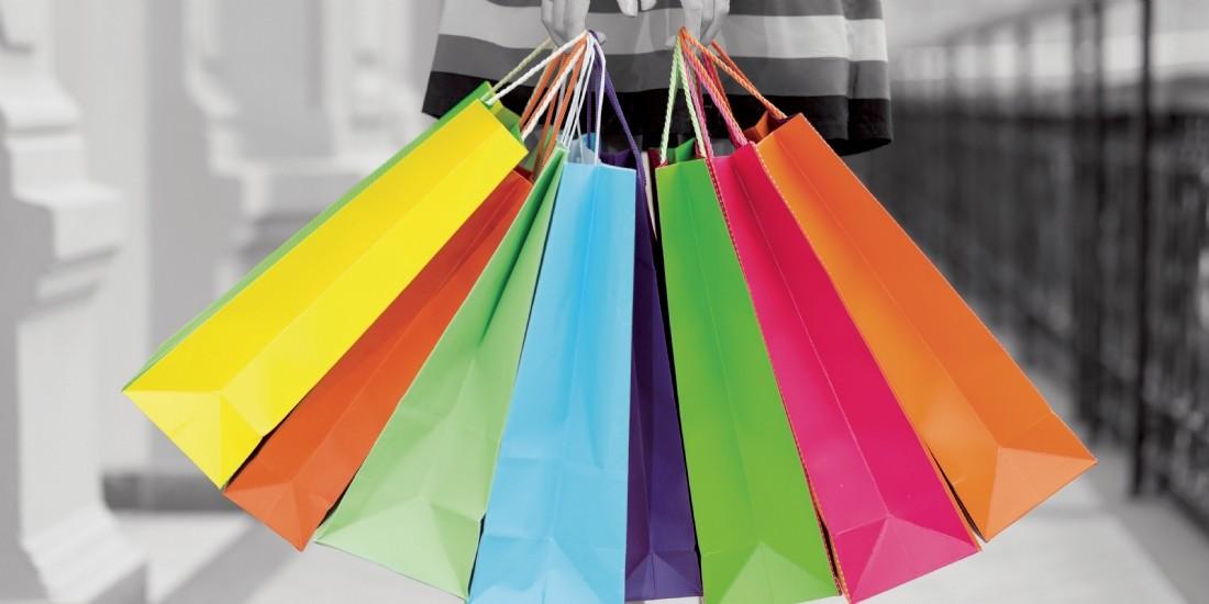 Soldes d'été: les Français se rendent toujours plus en magasin