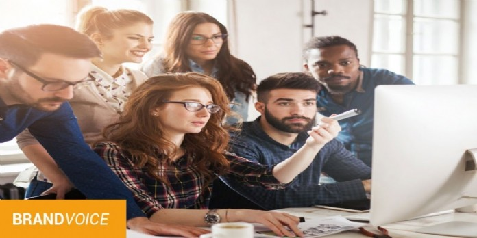 Services marketing et commercial: 92 % des entreprises estiment ne pas uniformiser leurs stratégies