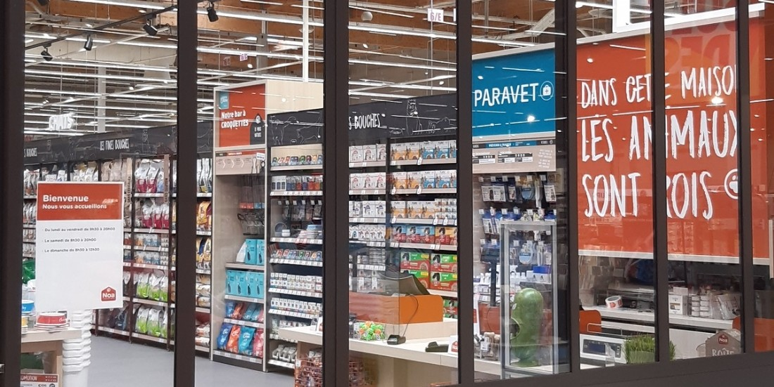 Pré-ouverture d'un shop-in-shop Noa au sein d'un magasin Carrefour