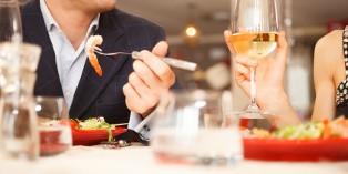 L'entreprise peut indemniser un repas jusqu'à hauteur de 17,90 €, moins le prix forfaitaire de 4,60 €.