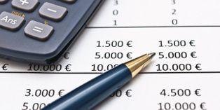 Le taux horaire pratiqué, le prix du bien ou de la prestation de service, le montant des frais de déplacement font partie des éléments devant obligatoirement figurer au devis